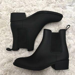 Shoes - NWOT Black rubber boots